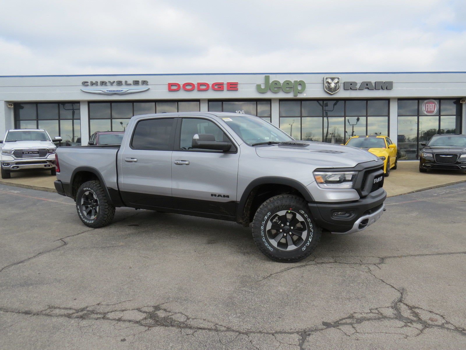 Ram 1500 Rebel >> New 2019 Ram All New 1500 Rebel 4d Crew Cab In Fayetteville N569124